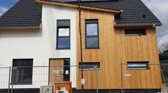""""""" Alte Kamellen"""" – 2 Objekte in Hemer, ca. 6 und ca. 10 Jahre nach unserer Fassadensanierung."""