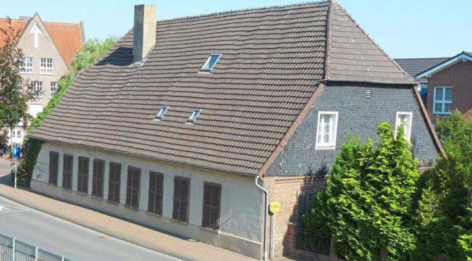 """<p style=""""text-align: center;""""><strong>Denkmalsanierung Haus Palz in Senden:</strong></p>"""
